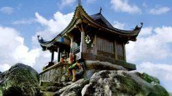 Di chuyển đến Chùa Yên Tử bằng cách leo núi